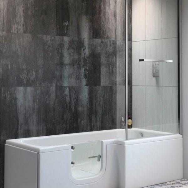 Sabre easy access shower bath