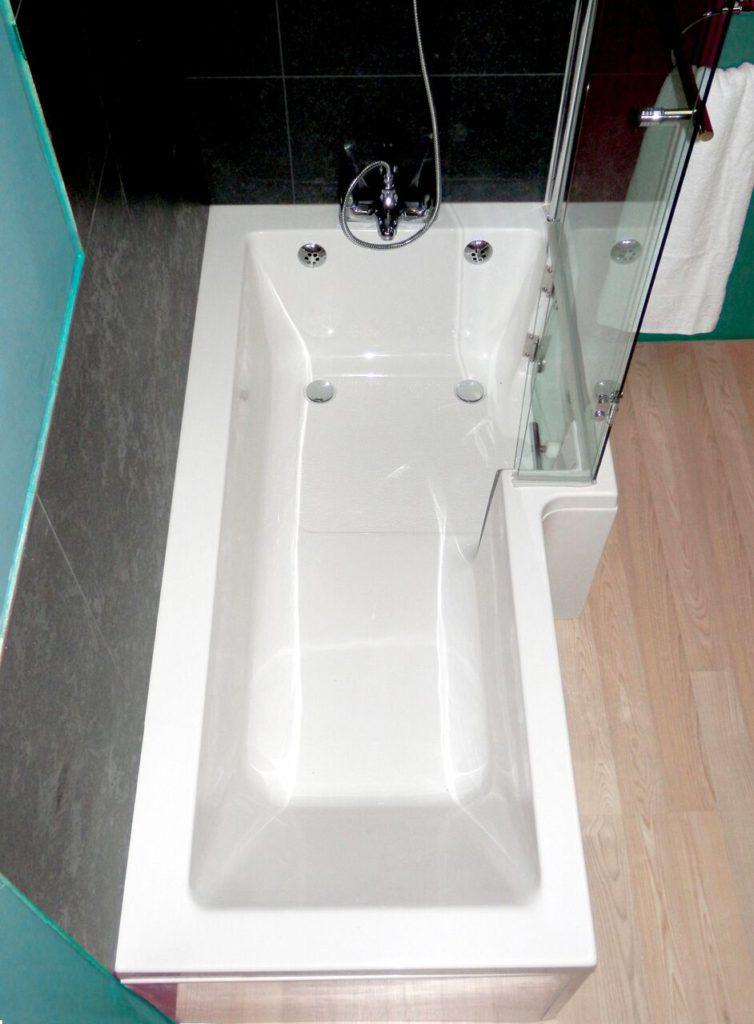 Savana Walk In Shower Bath With Glass Door Practical Bathing